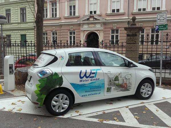 FAMILY OF POWER E-Carsharing_TU Graz_ZOE Rechbauerstraße 12_R.jpg