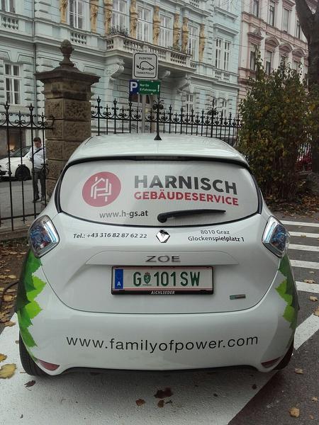 FAMILY OF POWER E-Carsharing_TU Graz_ZOE Rechbauerstraße 12_H.jpg